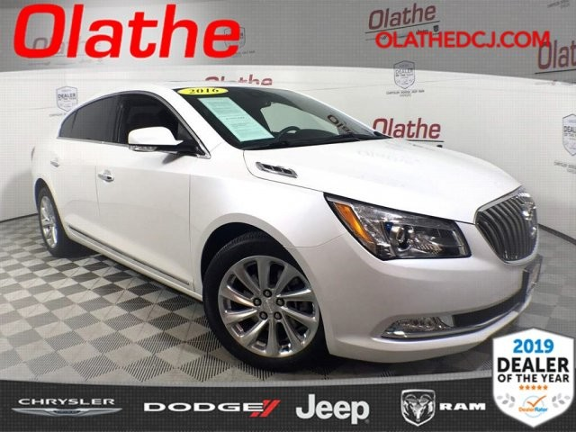 Pre Owned 2016 Buick Lacrosse Leather Front Wheel Drive Sedan