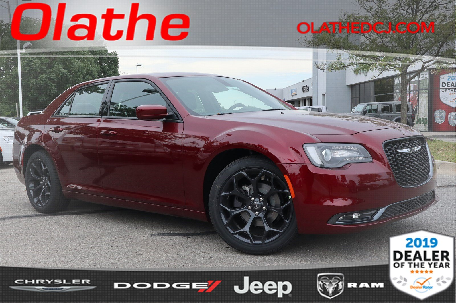 New 2019 CHRYSLER 300 300S